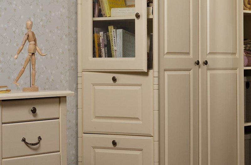 Шкаф 3-х створчатый Айно №5